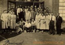 Pracownicy wydziału elektrycznego, lata czterdzieste